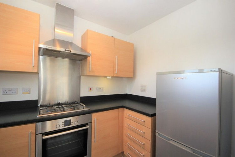 Property to Rent in Fortune Avenue, Edgware, London, United Kingdom