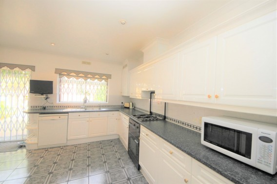 Property to Rent in Brampton Road, Kingsbury, London, United Kingdom