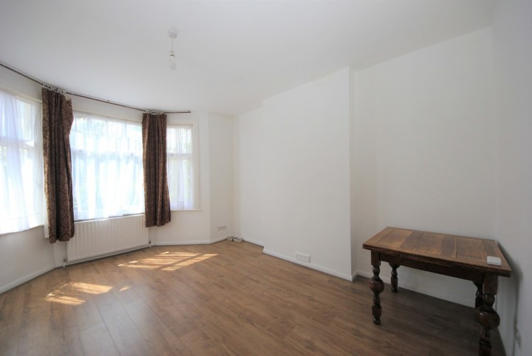 Property to Rent in Mount Road, Hendon, Hendon, London, United Kingdom