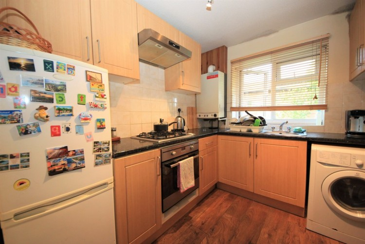 Property to Rent in Booth Road, Colindale, London, United Kingdom