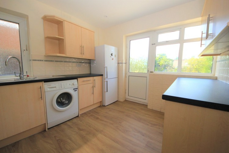 Property to Rent in Stag Lane, Edgware, London, United Kingdom