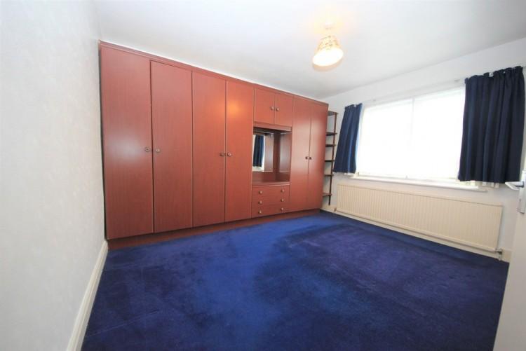 Property to Rent in Bacon Lane, Edgware, London, United Kingdom