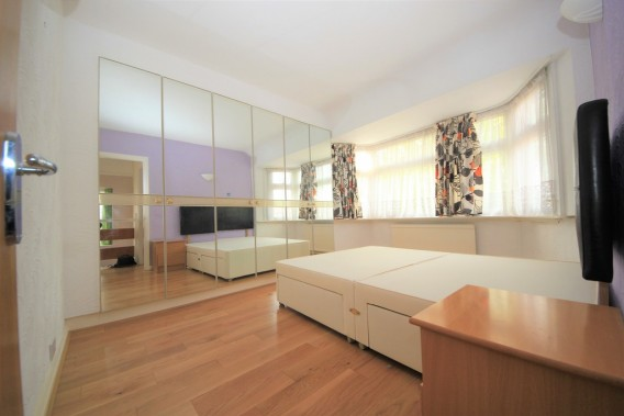 Property to Rent in Angus Gardens, Colindale, London, United Kingdom