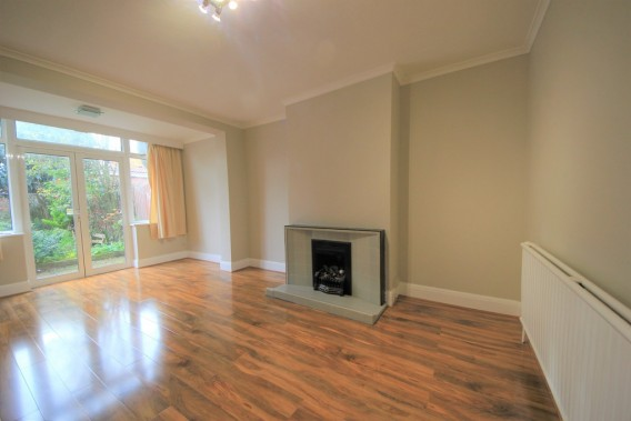 Property to Rent in Colindeep Lane, Colindale, London, United Kingdom