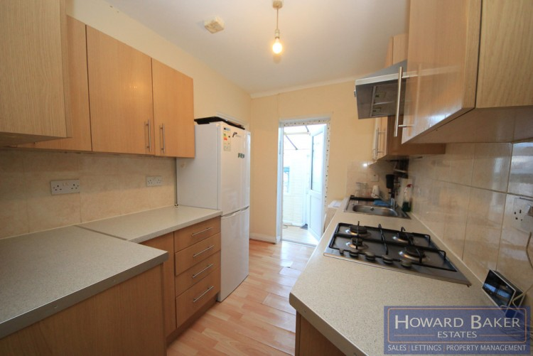 Property to Rent in Tenby Road, Edgware, London, United Kingdom