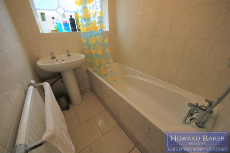 Property to Rent in Stag Lane, Kingsbury, London, United Kingdom