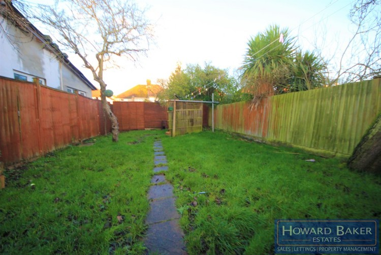 Property to Rent in St. Georges Avenue, Kingsbury, London, United Kingdom