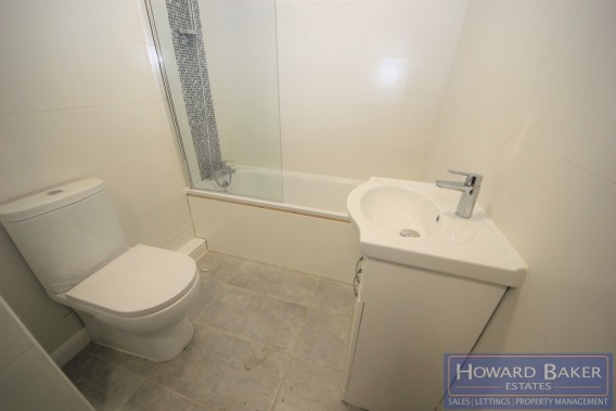 Property to Rent in Deansbrook Road, Edgware, London, United Kingdom