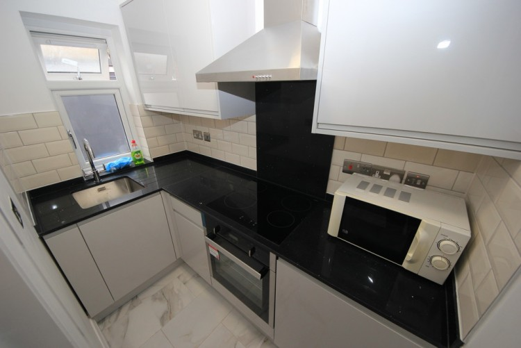 Property to Rent in Holly Grove, Kingsbury, London, United Kingdom