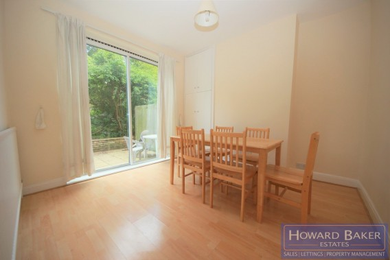 Property to Rent in Buck Lane, Kingsbury, London, United Kingdom