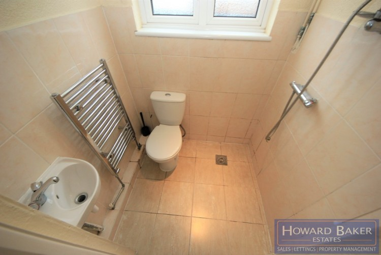 Property to Rent in Station Road, Hendon, London, United Kingdom
