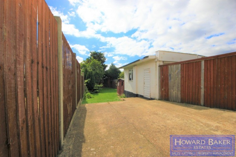 Property to Rent in Charmian Avenue, Stanmore, London, United Kingdom