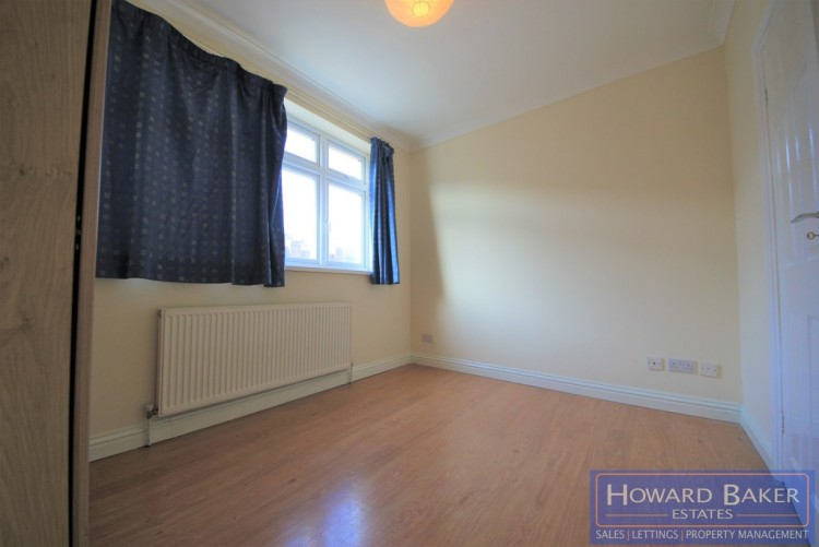 Property to Rent in Reeves Avenue, Kingsbury, London, United Kingdom