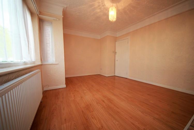 Property to Rent in Honeypot Lane, Kingsbury, London, United Kingdom