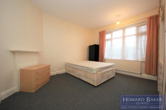 Property to Rent in Watford Way, Hendon, Hendon, London, United Kingdom