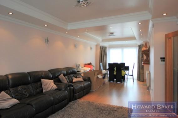 Property to Rent in Beverley Drive, Edgware, Edgware, United Kingdom