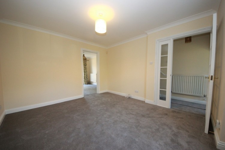 Property to Rent in Heatherfold Way, Northwood, Northwood, Pinner, London, United Kingdom