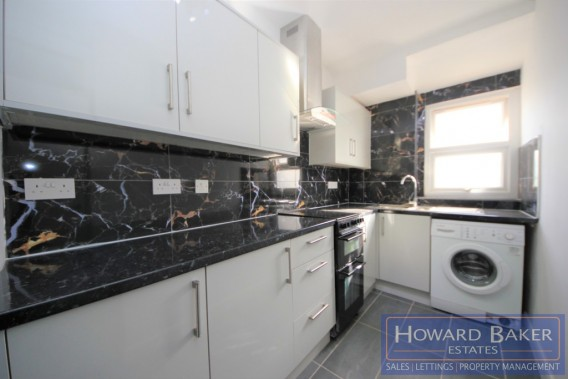 Property to Rent in Deansbrook Road, Edgware, United Kingdom