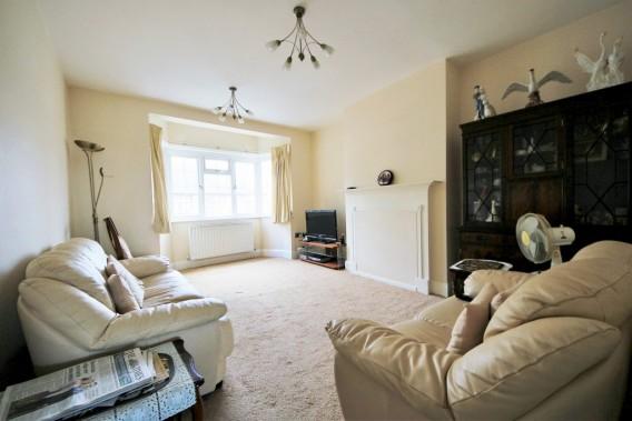 Property to Rent in Vivian Avenue, Hendon, London, United Kingdom