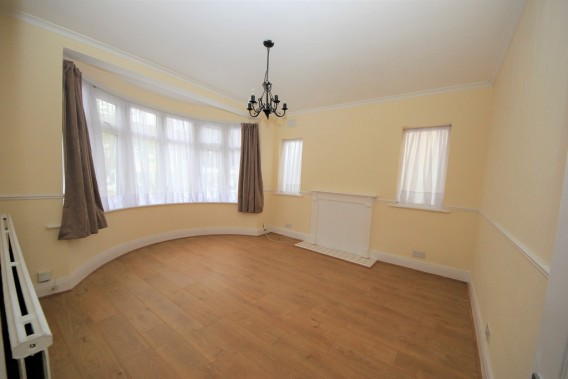 Property to Rent in Colin Gardens, Colindale, London, United Kingdom