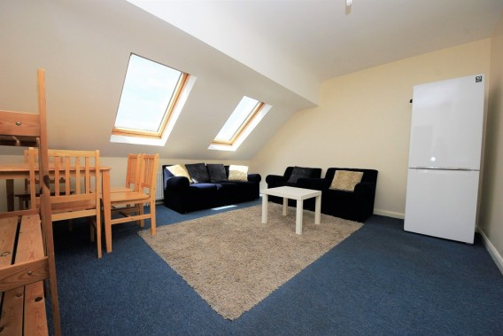 Property to Rent in Watford Way, Hendon, London, United Kingdom