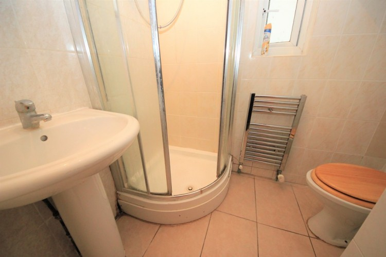 Property to Rent in Gainsborough Gardens, Golders Green, London, United Kingdom
