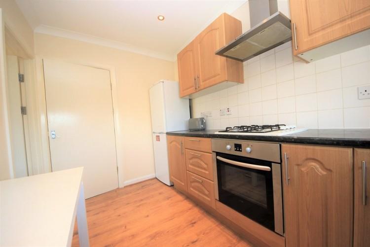 Property to Rent in Burnt Oak Broadway, Edgware, London, United Kingdom