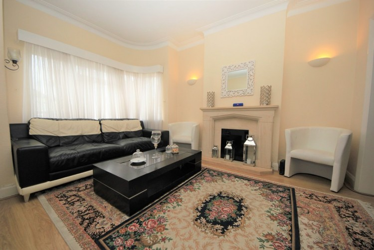 Property to Rent in Kenilworth Road, Edgware, London, United Kingdom
