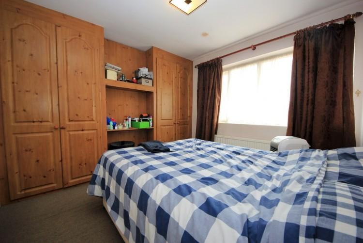 Property to Rent in Preston Hill, Harrow, United Kingdom