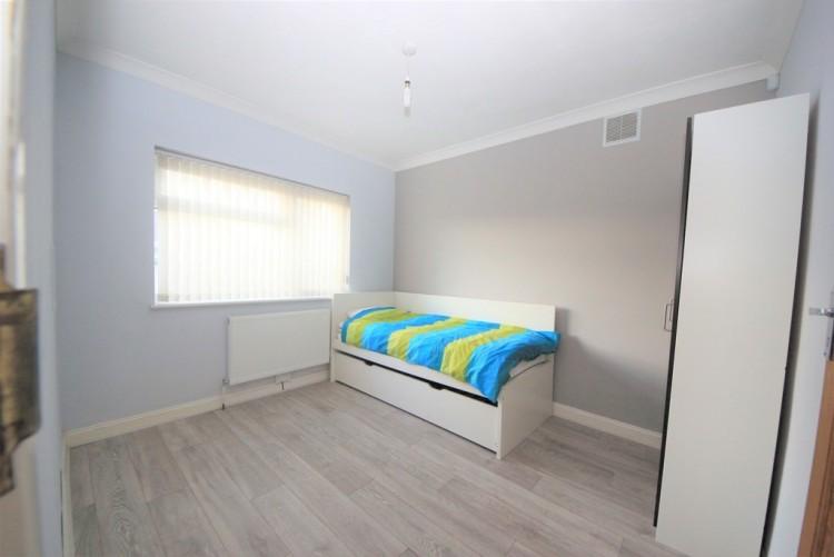 Property to Rent in Wood Lane, Kingsbury, London, United Kingdom