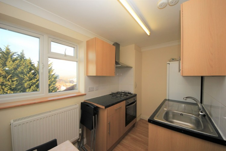 Property to Rent in Hay Lane, Kingsbury, London, United Kingdom